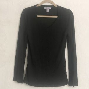 Nine & Co black v neck sweater Medium